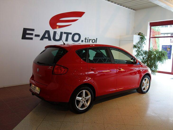 376061_1406427543377_slide bei ZH E-AUTO.tirol GmbH in