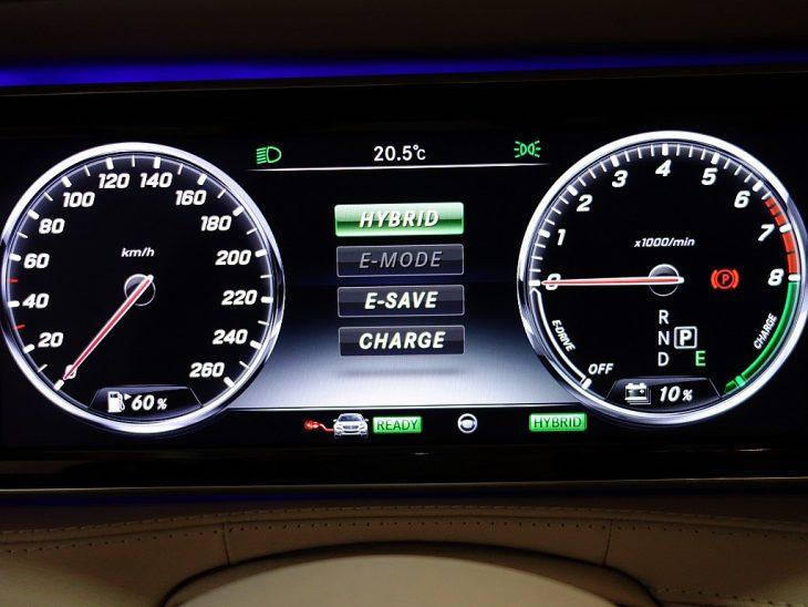 379432_1406433907271_slide bei ZH E-AUTO.tirol GmbH in