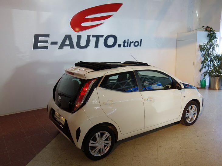 383026_1406435240631_slide bei ZH E-AUTO.tirol GmbH in