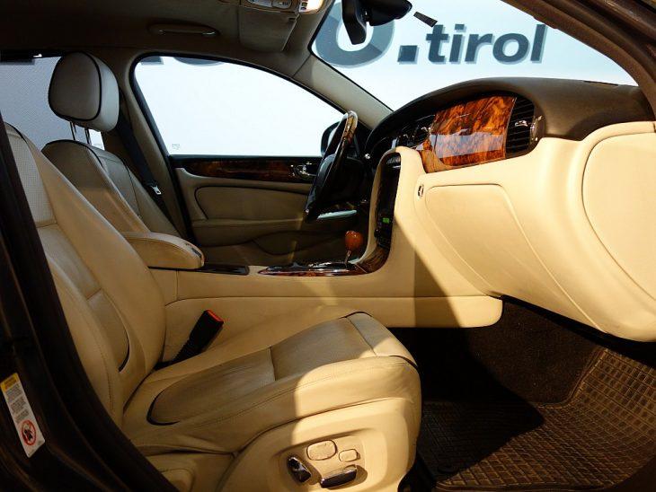 383572_1406440491719_slide bei ZH E-AUTO.tirol GmbH in