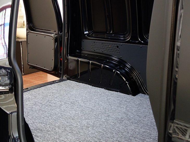 394585_1406473061643_slide bei ZH E-AUTO.tirol GmbH in
