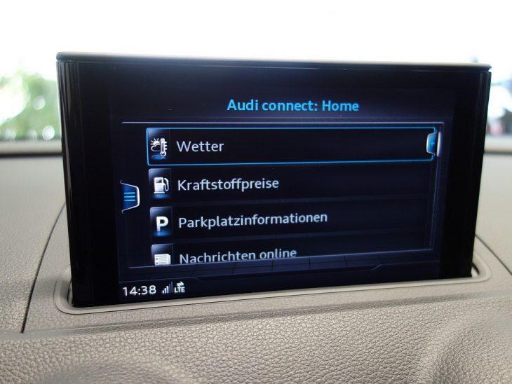 408317_1406498085885_slide bei ZH E-AUTO.tirol GmbH in