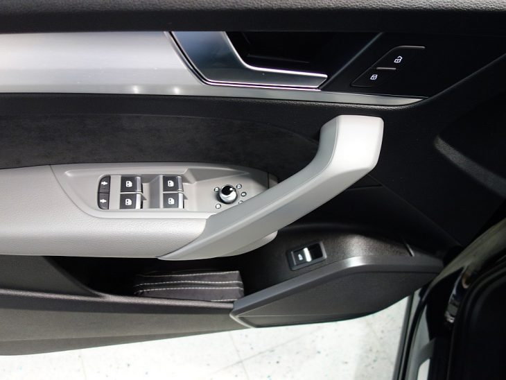 408470_1406498086458_slide bei ZH E-AUTO.tirol GmbH in