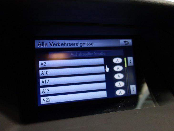 409874_1406500431443_slide bei ZH E-AUTO.tirol GmbH in